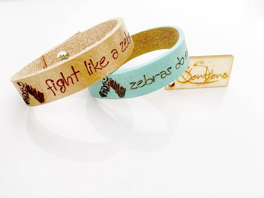 EDS quote armband